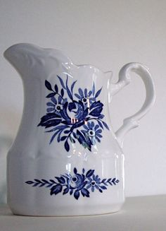 Vintage J Meakin of England Dresden Blue by jpcountrymarket, $11.50