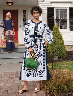 Pretty Outfits, Chic Outfits, Mexican Clothing, Pointed Nails, Mexican Outfit, Queen Fashion, Fashion Pictures, Modest Fashion, Wardrobes
