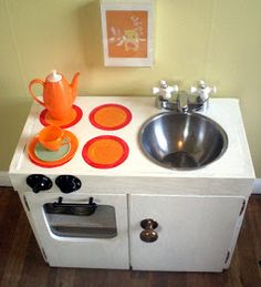 DIY Toddler Kitchenette