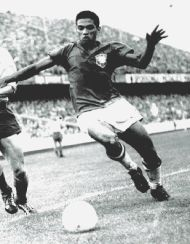 Planet World Cup - Legends - Manoel dos Santos Francisco - Garrincha Brazilian winger and great dribbler. World Cup winner in 1958 and 1962.