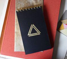REBEL BLOC. Reporters Notebook. Handmade with Recycled, Found and Secondhand paper. de EspeciesInvasoras en Etsy