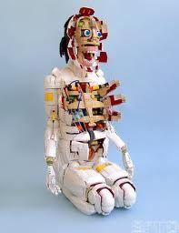 Robert Bradford  - recycled toys Lego Mecha, Lego Bionicle, Legos, Lego Kits, Lego Sculptures, Lego Worlds, Cool Lego Creations, Lego Design, Lego Models