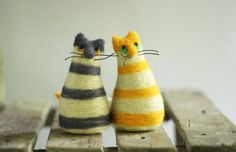 The Twins Cats  Set Of Two Needle Felt Cats  by FeltArtByMariana, $40.00  These are too many cute!