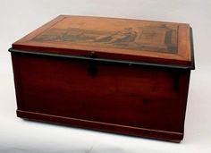 Coffret FRANC MACONNIQUE ancien en bois à décor d'une scène lithographiée 29x55x43 - Le Calvez & Associés - 18/09/2014