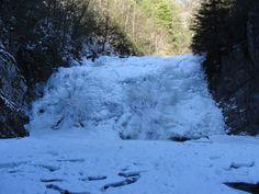Laurel Falls covered in Ice Hampton Tn.