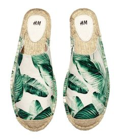 Banana leaf sandals: http://www.stylemepretty.com/collection/2433/
