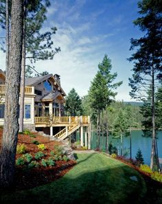 Want to experience the goodness of living in a country-style house and away from the city, and if you love hands-on, log cabin kits is the solution. Lake Cabins, Cabins And Cottages, Mountain Dream Homes, Beautiful Homes, Beautiful Places, Log Cabin Homes, Lake Cottage, Cabins In The Woods, Lake Life