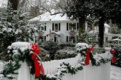 Christmas in Williamsburg: A Williamsburg White House Inn Package