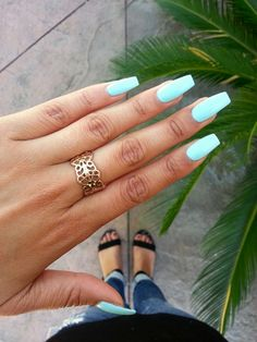 Summer nails.. Love the colour Discover and share your nail design ideas on www.popmiss.com/nail-designs/