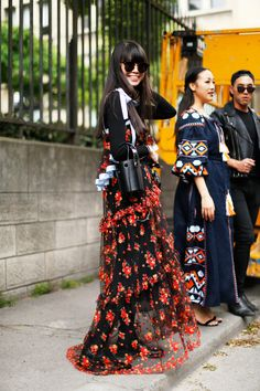 red/black floral printed tiered maxi slip dress layered back with long sleeve t-shirt    Saved by Gabby Fincham   