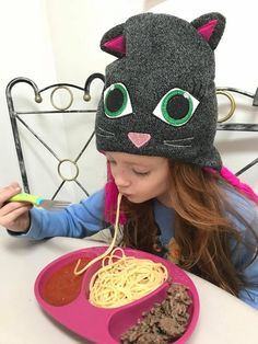 11 Tips To Get Picky Preschoolers To Eat Dinner #parenting #pickyeaters #family #parents #parenthood