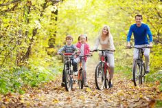 Fall family bike rides are everyone's favorite! Easy Weight Loss, Weight Loss Journey, Lose Weight, Reduce Weight, Mountain Biking, Mountain Bicycle, Outdoor Family Pictures, Family Photos, Mom Gallery