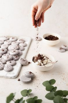 Oreo Macarons: your new favorite cookie! - cambrea bakes Macaron Filling, Macaron Recipe, Homemade Chocolate, Chocolate Recipes, Macaroons, Oreo Macarons, Black Food Coloring, Cookie Crumbs, Vanilla Flavoring