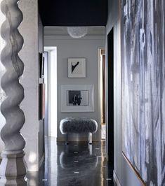 Residential Entryway Design Style New York Apartments | Decorating Ideas | Design Trends     #brabbu #livingroom #decoratingideas #designtrends   #brabbuusa See more: https://www.brabbu.com/?utm_source=pinterest&utm_medium=ambience&utm_content=cvilhena&utm_campaign=Pinterest_USA