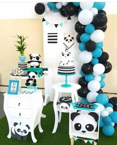 Panda party decorations for boys, this a classic black and white theme with a touch of blue. Great last minute diy birthday. Panda Party, Panda Themed Party, Panda Birthday Party, Boy Birthday Parties, Baby Birthday, Birthday Party Decorations, Baby Shower Themes, Baby Boy Shower, Panda Baby Showers