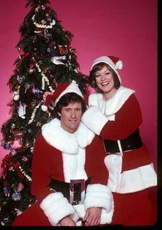 💖 💖  Happy Holidays!   Robert Hays and Donna Pescow for the ABC Television Show, ANGIE (1979) Hollywood Stars, Classic Hollywood, Robert Hays, Happy Holidays, Tv Shows, Take That, Guys, Celebrities, Singers