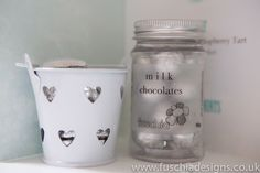 Wedding favours cute milk chocolate wedding favour candy jars. www.fuschiadesigns.co.uk