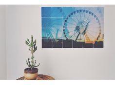 """Outro fotógrafo que estampou seu trabalho em um produto nosso foi o Raphael Dias. Ele escolheu o Joox Square e a imagem lindona da sua viagem para o festival Coachella para abrir sua exposição de fotos analógicas """"vida sem filtro"""", em Curitiba."""
