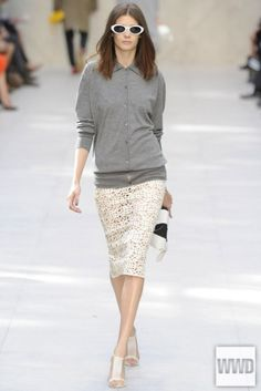 Classic Blouse design in cotton! - I want!