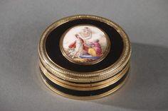 Boite en écaille, or et émail. Fin du XVIIIème siècle. Louis XVI.