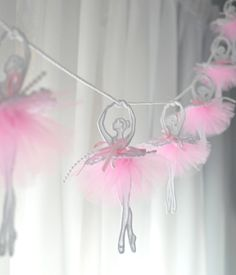 Ballerina garland, 14 pieces ballerinas, Dancing ballerina garland, Tutu garland, Pink tulle, Baby shower, Window decoration, READY TO SHIP