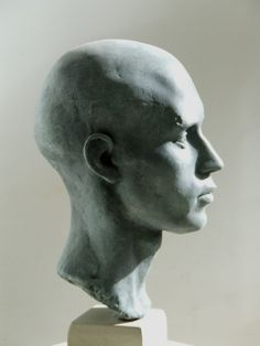 DAVID KLEIN SCULPTURE - Portrait Gallery
