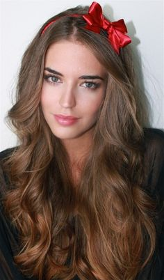 My Beautiful Tigress Clara Alonso Party Hairstyles For Long Hair, Girly Hairstyles, Quick Hairstyles For School, Headband Hairstyles, Pretty Hairstyles, Easy Hairstyles, Amazing Hairstyles, Hairstyle Ideas, Teenage Hairstyles
