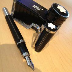 The Mont Blanc John Lennon pen