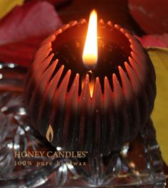 Tasteful Beeswax Candles – Fluted Spheres