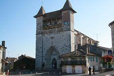 église  de Villereal Travel And Tourism, Travel Guide, Chapelle, France Travel, Tower Bridge, Attraction, Centre, Places To Visit, Building