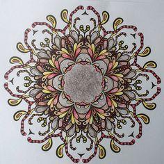❤⊰❁⊱ Mandala⊰❁⊱ Denksport mandala met Stabilo Aquacolor