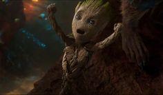 A Marvel acabou liberando um novo comercial de Guardiões da Galáxia Vol. 2 , nele podemos ver alguns cenas inéditas, mas o destaque fica por conta fofura do