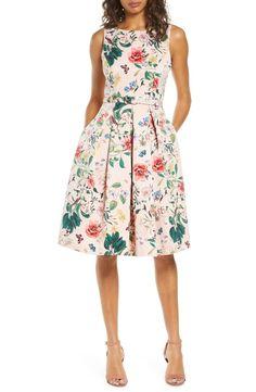 Fit And Flare Cocktail Dress, Fit Flare Dress, Flare Skirt, Blush Dresses, Mob Dresses, Dress The Population, Nursing Dress, Lovely Dresses, Cute Floral Dresses