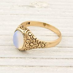 Favorite Finds from Pinterest Fanatic: Gorgeous Vintage 14K Gold Etched Opal Ring
