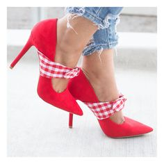 Red Checkered Bow Pumps