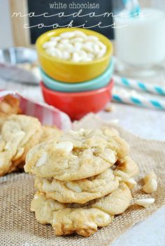 White Chocolate Macadamia Nut Cookies   www.somethingswanky.com