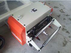 Hong-Er Machine NC Servo Roll Feeder #metalpressings #metalprocessing #coilfeeder #decoiler #uncoiler #steelstripprocessing