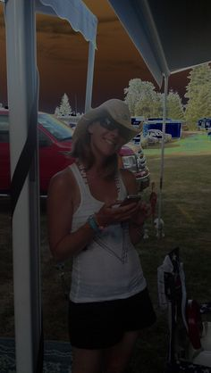 Tiffany Parker at the Oregon Jamboree in Sweet Home, OR August 2012