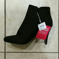 DexFlex High Heeled Bootie Brand new with tags. Cute high heeled bootie with comfortable sole inside. Zip up sides. Size 10.   Dog household. Non-smoking household. DexFlex   Shoes Ankle Boots & Booties