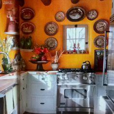 Mexican Mexican Home Design, Mexican Style Decor, Mexican Designs, Mexican Style Kitchens, Hacienda Kitchen, Fachada Colonial, Home Decor Inspiration, Kitchen Inspiration, Rustic Kitchen Design