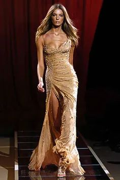 Couture Fashion, Runway Fashion, High Fashion, Pretty Dresses, Beautiful Dresses, Versace Dress, Gala Dresses, Homecoming Dresses, Look At You