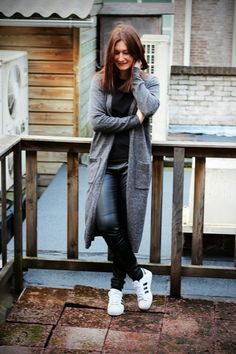 65 Ideas for sport chic inspiration adidas superstar Adidas Superstar Outfit, Adidas Outfit, Adidas Shoes, Casual Chic Style, Preppy Style, My Style, Sport Chic, Fall Winter Outfits, Autumn Fashion