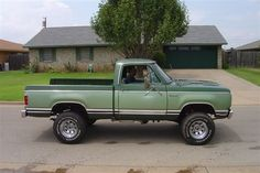 1978 Dodge Powerwagon 4WD auto number 4