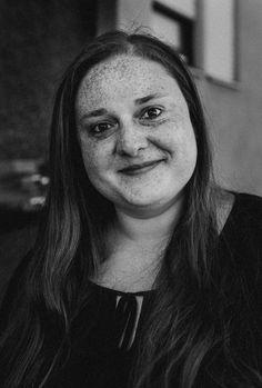 100 FACES Fotoprojekt von Fotografin Maren Scheffler Rutesheim I #Sommersprossen Frauenportrait
