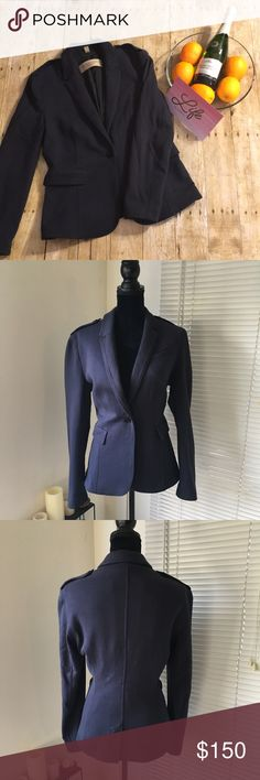 Burberry Brit navy blue knit blazer Gorgeous navy blue Burberry Brit blazer. Long sleeve with single button closure. Epaulet details on the shoulders with Burberry branded buttons. Single button closure. Fully lined. Burberry Jackets & Coats Blazers