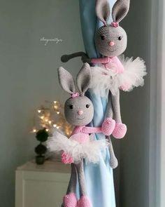 Made by Irinelli: Kitty's handbags – # sew – Baby Supplies Crochet Baby Toys, Crochet Faces, Crochet Amigurumi, Crochet Toys Patterns, Crochet Home, Amigurumi Patterns, Crochet Dolls, Baby Stuffed Animals, Crochet Rabbit
