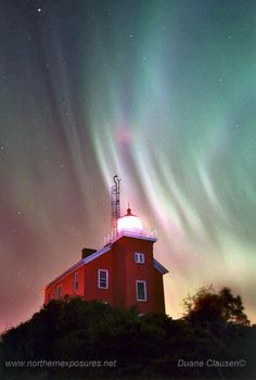 Lighthouse and Arora Borealis Marquette, Michigan. I so want to see the Northern Lights.  Bucket List!!