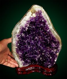Crystals+and+Minerals | ... : THE QUEEN OF PURPLE MINERALS | Crystal and Mineral Collecting