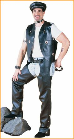 Men's leather chaps are very popular among motorcycle bikers, horseback riders and gay men. They perfectly protect your gear on a motorcycle and make a biker even hotter and sexier. Leather Men, Black Leather, Biker Style, Biker Girl, A Good Man, Hot Guys, Fashion, Moda, La Mode