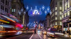 """Trafi ja Lapinpoliisi julistivat tänään liikenteen joulurauhan Rovaniemellä seitsemättä kertaa, kertoo Trafi tiedotteessaan. """"Meillä on mahdollisuus tehdä liikenteestä turvallisempi toimimalla vastuullisesti ja miettimällä omaa liikennekäyttäytymistä ennen liikkeellelähtöä"""", muistuttaa Trafin pääjohtaja Kari Wihlman liikenteen joulurauhan julistamistilaisuudessa Rovaniemellä. Suomalainen liikenne on pääosin turvallista """"Suomen liikennejärjestelmän turvallisuusvisio on, että kenenkään ei…"""
